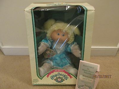 Vintage 1984 Coleco Cabbage Patch Kids Blonde Haired Baby Girl in Original Box