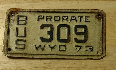 1973 Wyoming prorate bus license plate