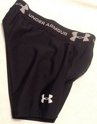 Under Armour Youth Xs Short. Boys