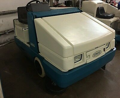 Tennant 355 propane engine ride on floor sweeper with FREE shipping