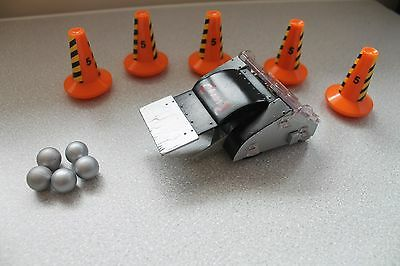 """Large 4.5"""" Pull N Go Robot Wars Chaos 2 With Cones & Balls Accessory 016"""