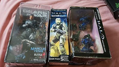 Halo And Gears Of War Figures
