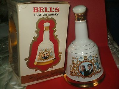 WADE Bell's Decanter MARRIAGE OF PRINCE ANDREW & SARAH FERGUSON Full Sealed Box