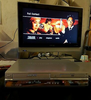 Panasonic Nv-Vhd1 Dvd Player & Vhs/vcr Recorder Combo
