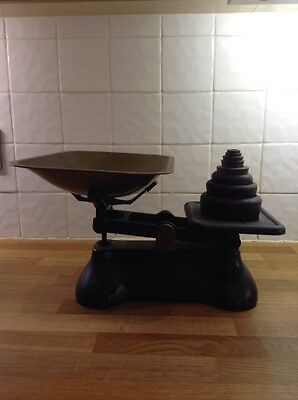 Fereday London vintage kitchen scales with weights