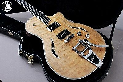 ✯PRISTINE✯ TAYLOR T3B Bigsby Semi Hollow Body ✯Natural AAA+ Quilt + Ebony ✯2009✯