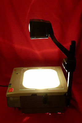 New 3M  9000 Overhead Projector W 2 New 360 Watt Bulbs + Fold Down Arm