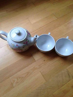 Cath Kidston Tea Pot Set With Cups Rose Pattern