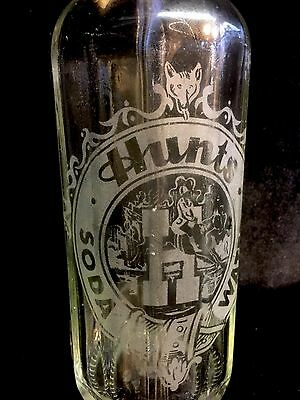 Retro Vintage Glass Hunts  Soda Water Syphon Advertising Sign Vase Collectable