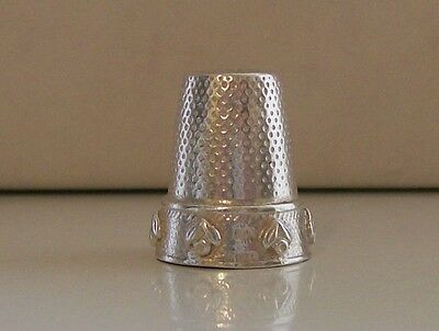 Nice Heavy Silver Thimble Weighing Approx 10.30 Grams (Hallmarked)