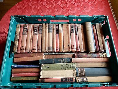Job lot of old novels/ poetry collect RG14