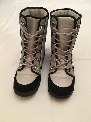 Women's Snow Boots, Size 5