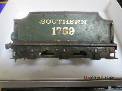Hornby 0 Gauge Locomotive Three Axle Tender ( Southern ) 1759 No Wheels
