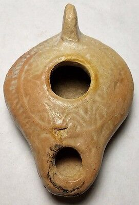 Genuine Terracotta Early Roman Oil Lamp 100/400 Ad Grape And Leaf Design