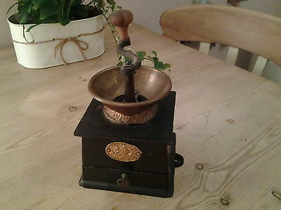 victorian cast iron A Kenrick and sons No 2 coffee mill coffee grinder