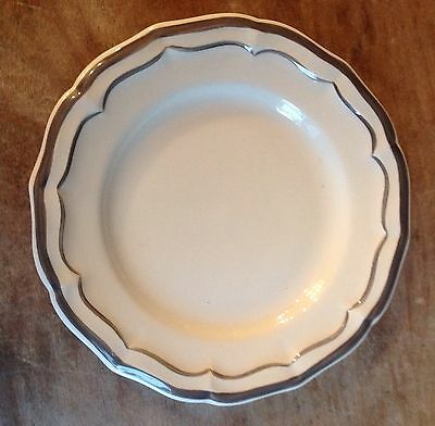 New Gien Filet taupe canapy plate