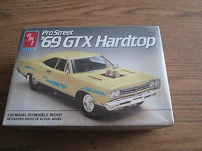 AMT 1969 Pro Street GTX Hardtop 1/25 scale Kit # 6804  factory sealed