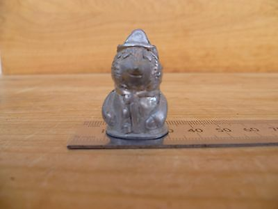 Vintage Old Bobby Bear Sewing Thimble, Old Thimble (D519)