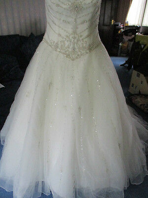 Fabulous Trudy Lee fairytale tulle beaded/Diamante wedding dress size 20 lace up