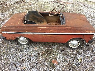 Vintage Very Rare Antique Soviet USSR Kids pedal car Moskvich