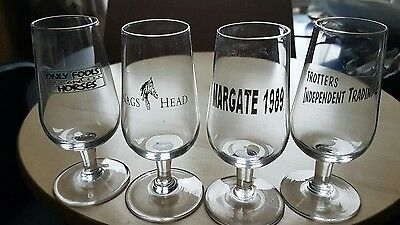 Set of 4 small glasses
