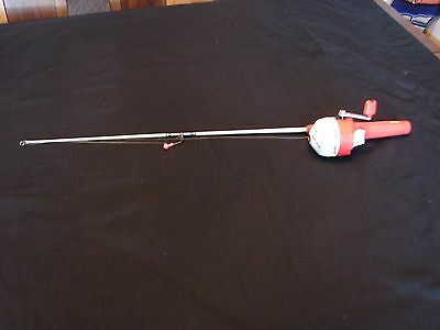 """vintage fishing rod & reel for kids (duck tails) huey-luey-duey """"Zebco"""""""