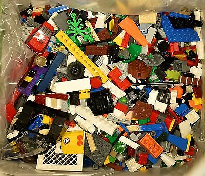 1kg Lego Assorted Loose with Box Lot No.16