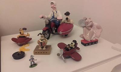 Gromit in plane figure and bathplug, collector's items, collectables