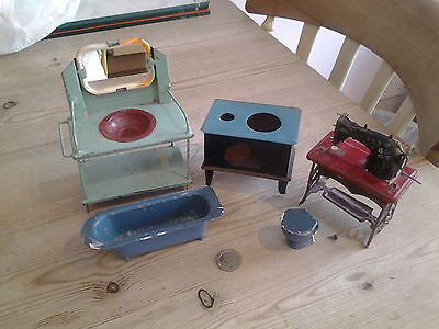 vintage collection of tinplate dolls house furniture 5 pieces