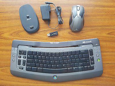 Microsoft Wireless Entertainement Keyboard 7000 and Wireless Laser Mouse 8000