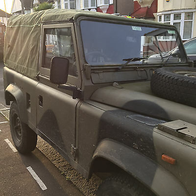 Ex Military Land Rover 90