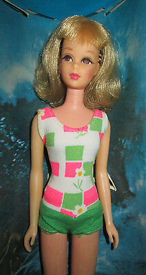 "1966 ORIGINAL ""FRANCIE"" DOLL in BOX~GORGEOUS FACE+HAIR~OSS+STAND~#1130~WRIST TAG"