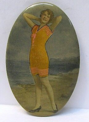 circa 1910 attractive BATHING BEAUTY celluloid pocket mirror *