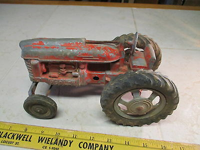 VTG Hubley Diecast Farmall Tractor International Wide Front End Farm Red Toy