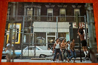 7Os PICTURE HARLEM NEW YORK GUYS PLAYING BASKETBALL 1965 FORD FALCON BARBER SHOP