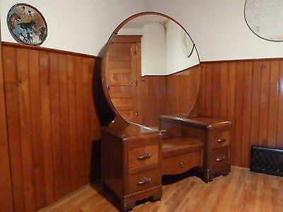 Art deco waterfall vanity with mirror