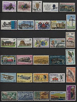 V58) Lot x30 TIMBRES stamps (Used-Oblitéré) New-Zealand / Nouvelle-Zélande