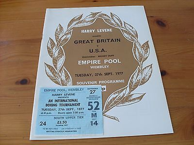 Boxing programme--Dave(Boy)Green v Andy Price 1977 +ticket  (140)