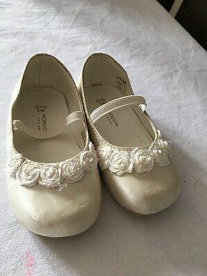 Monsoon Girls Cream Shoes Uk5/euro 22