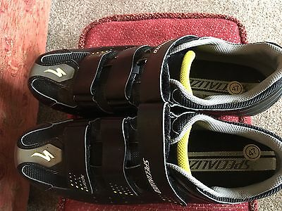 Specialized Sport Clip In Black Cycling Shoes.
