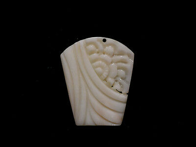 Beauty Hand CARVING CAMEO ~(coral) ~24mm*20mm.Flower Pendant(ec107)