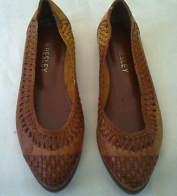 vintage 2-tone brown leather flat shoes size 5