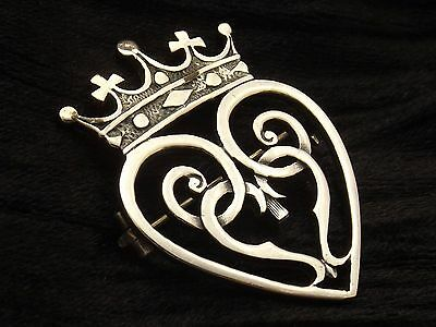 Vintage Sterling Silver Heart and Crown Brooch by John Har  LUCKENBOOTH  'IONA'