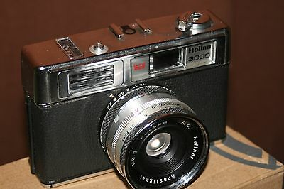Halina 3000 Vintage 35mm Film Camera With Case - Fully Working.