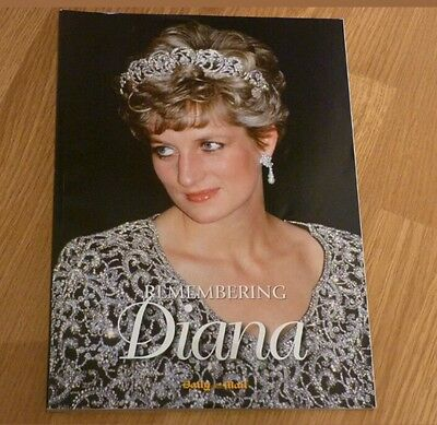 Remembering Princess Diana Daily Mail Soft Cover 145 Page Book Rare