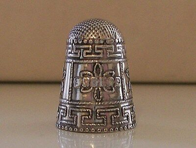 Lovely Decorated 925 Sterling Silver Thimble (Inscribed Greece)