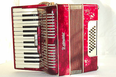 Piano accordion akkordeon  WELTMEISTER 32 bass