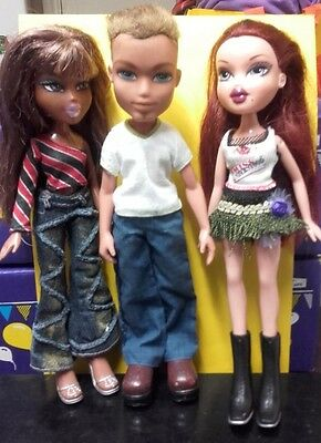 "Bratz Bundle 10"" Dolls ! male and Two Female Lot  A"