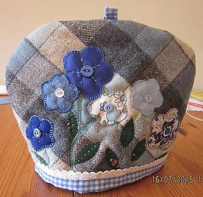 Hand stitched tea cosy - appliqued pattern on tweed - to fit average tea pot