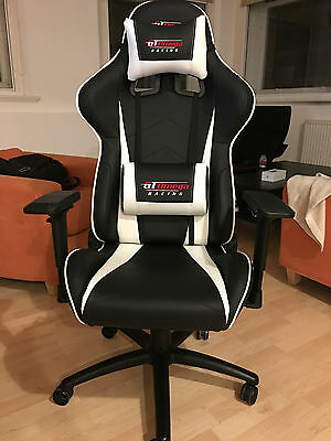 GT OMEGA PRO Racing leather gaming/office chair